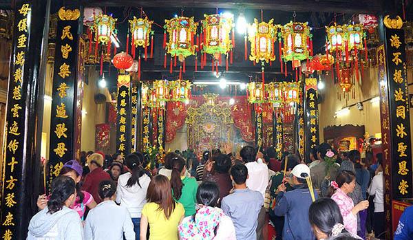 Kinh nghiệm hành hương Châu Đốc